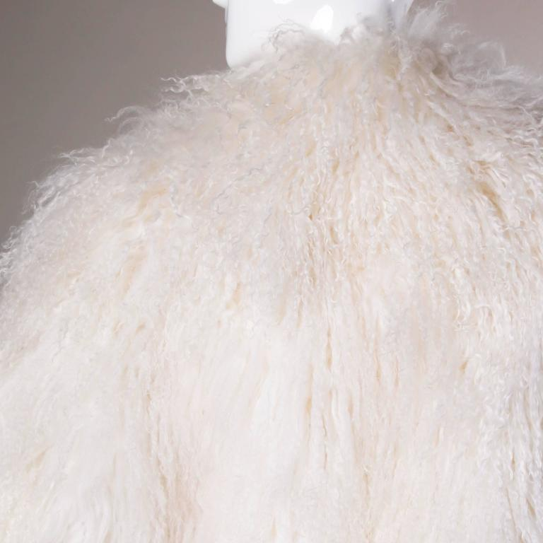 1970s Vintage White Shaggy Mongolian Lamb Fur Full-Length Coat For Sale 3