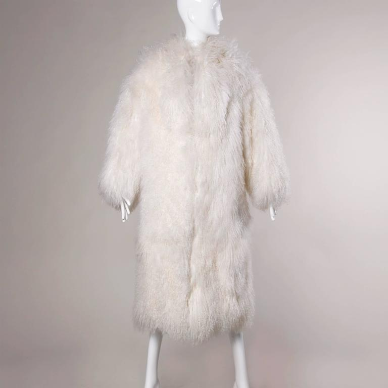 1970s Vintage White Shaggy Mongolian Lamb Fur Full-Length Coat For Sale 4