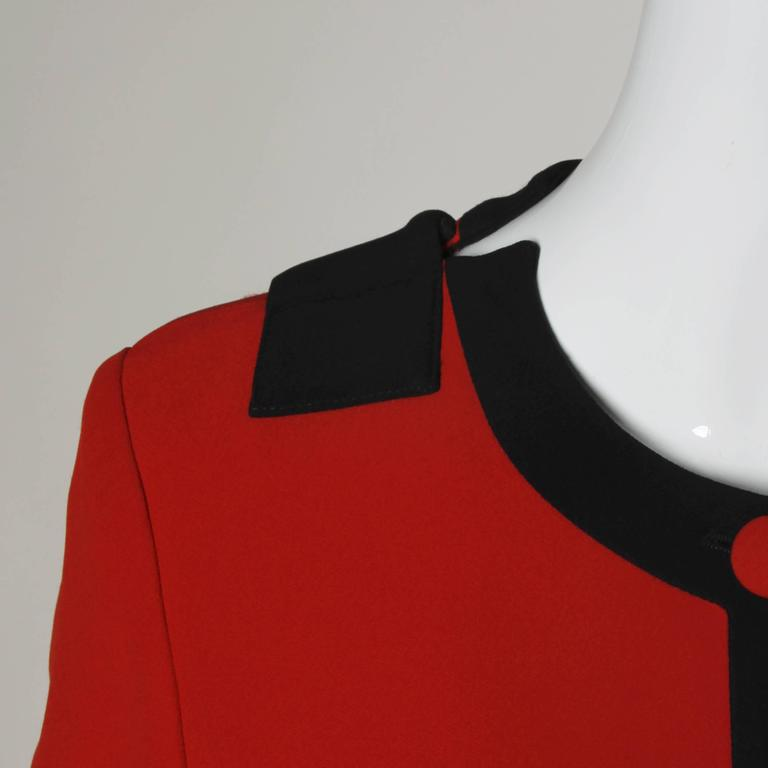 Moschino Vintage 1990s Red + Black Color Block Jacket For Sale 2