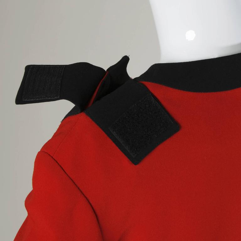 Moschino Vintage 1990s Red + Black Color Block Jacket For Sale 4