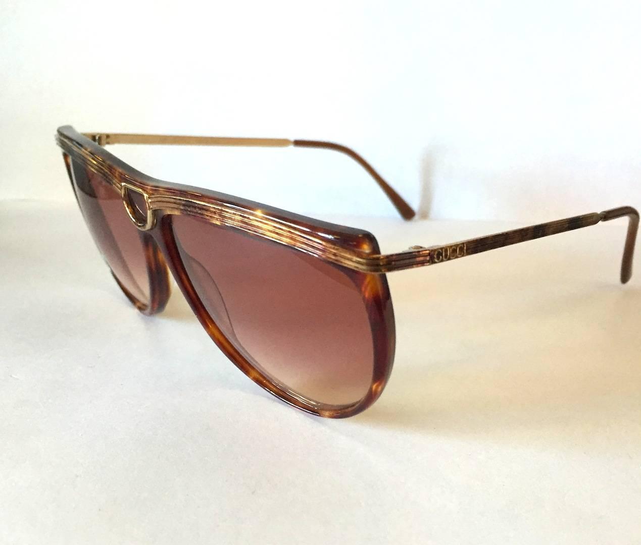 70cb36aeebd3 Vintage Gucci Aviator Sunglasses