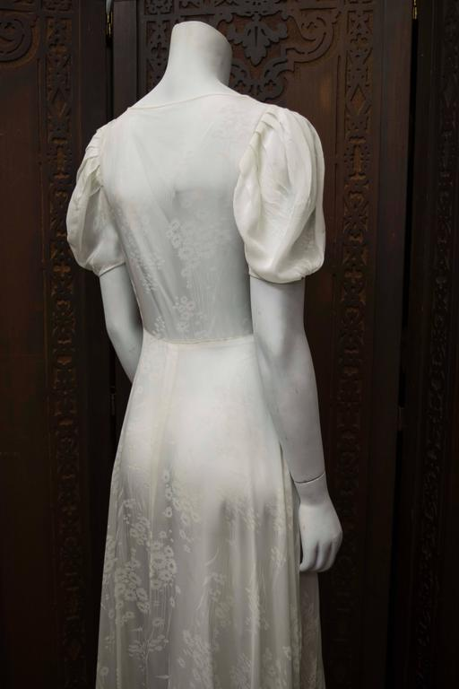 1930s White Silk Gown For Sale at 1stdibs