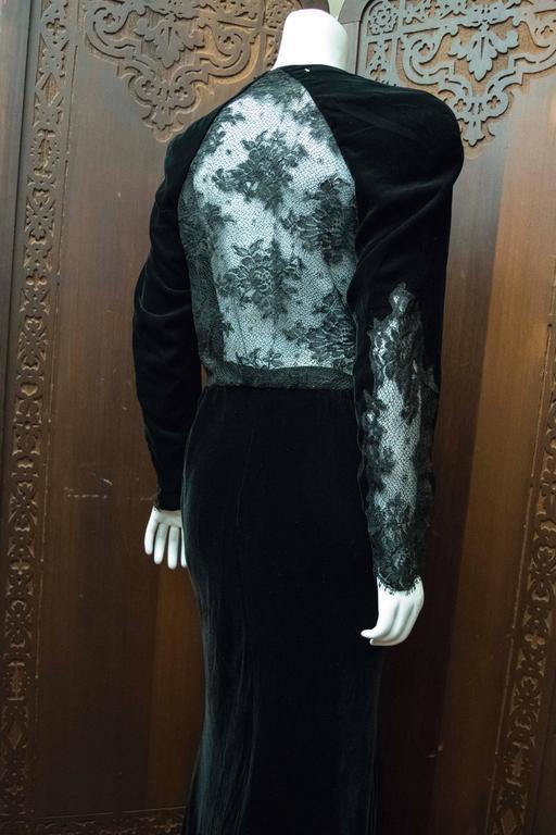 1980s Bergdorf Goodman Black Velvet Evening Dress For Sale