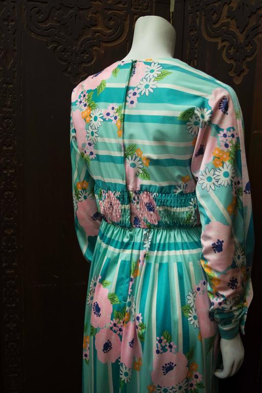 1970s Oscar De La Renta Floral Day Dress For Sale 1