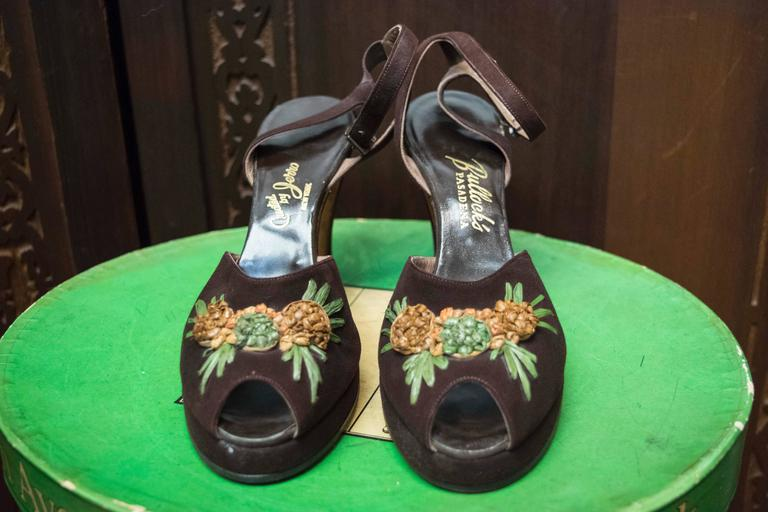 1940s Brown Suede Platform Pineapple Shoes 2