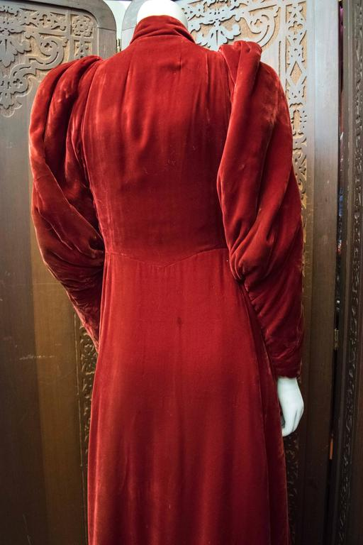 1930s Red Velvet Opera Coat  For Sale 2