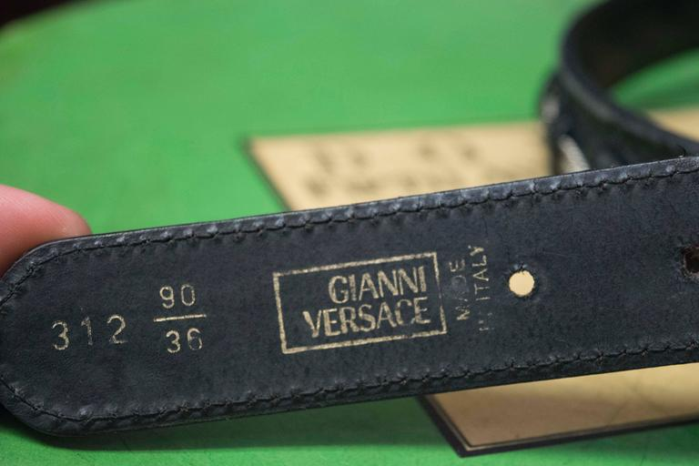 Gianni Versace Faux Snakeskin and Silver Rope Belt In Excellent Condition For Sale In San Francisco, CA
