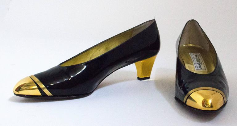 80s Black Patent Leather Heels with Gold Toe Caps ad Heels 2