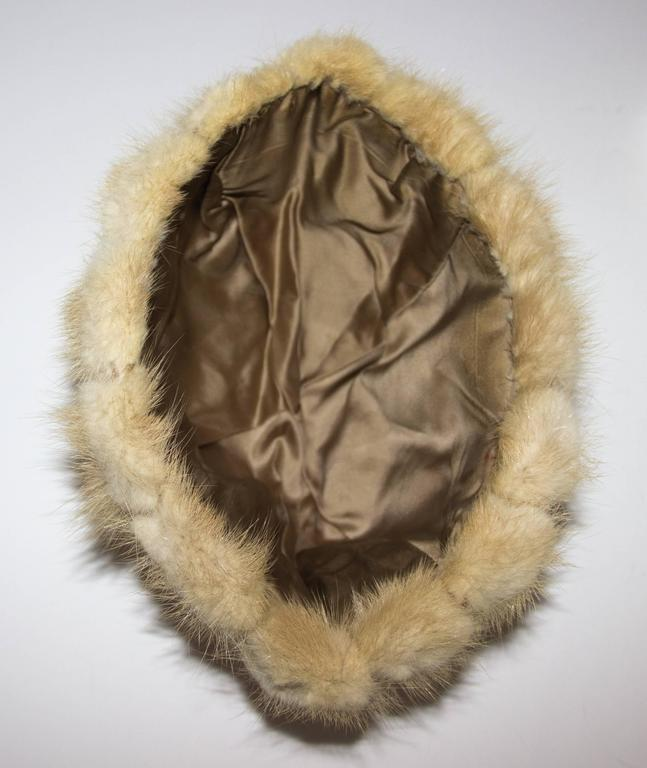 60s Blonde Mink Strip Hat In Excellent Condition For Sale In San Francisco, CA