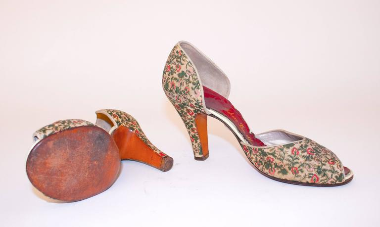 Brown 50s Red, Pink & Green Floral Peep-toe Heels  For Sale