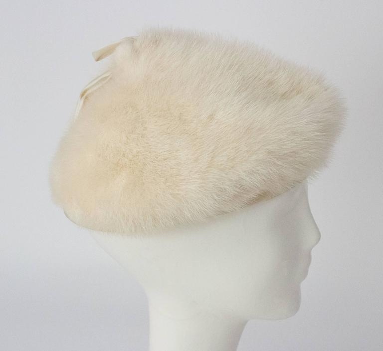 50s White Mink Cone Hat For Sale 1