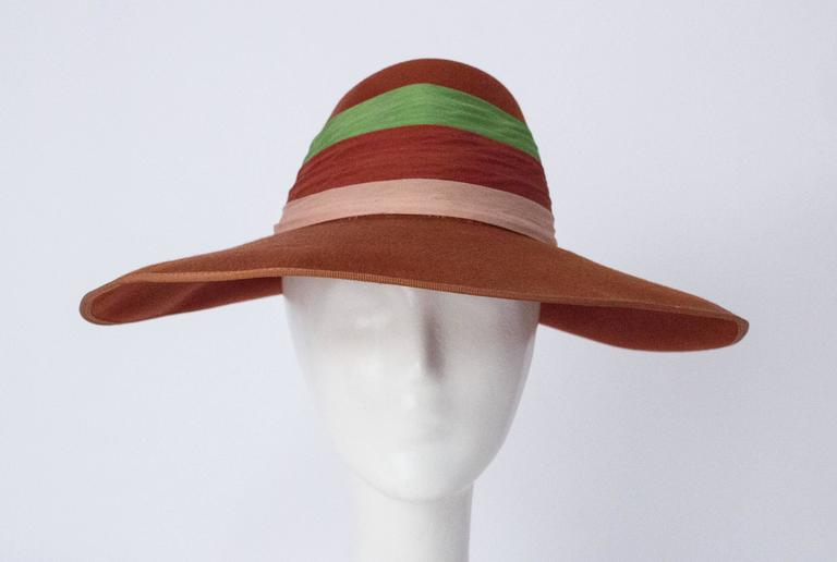 Women's 40s Wool Felt Hat with Silk Chiffon Tricolored Band For Sale