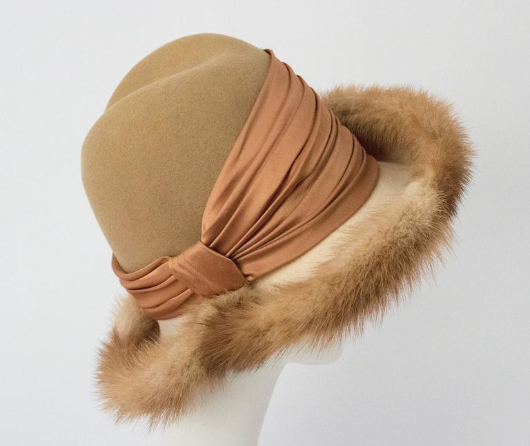 70s Tan Mink Trimmed Hat In Excellent Condition For Sale In San Francisco, CA