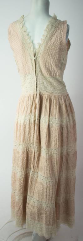 70s Lace Boho Dress. Unlined, sheer lace panels. Back zip closure.