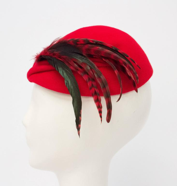 Gray 50s Red Wool Felt Fashion Hat w/ Feathers For Sale