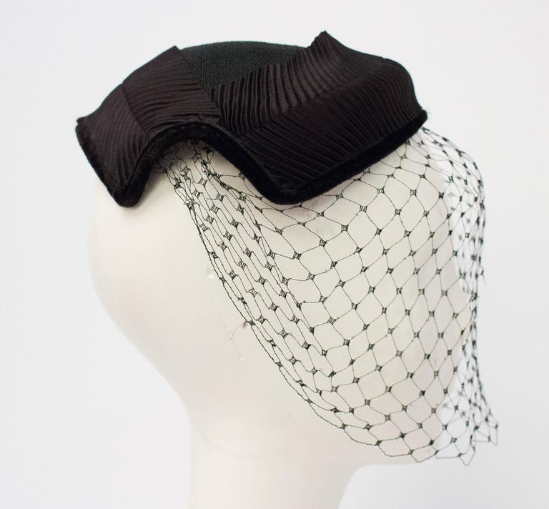 Gray 50s Black Veiled Hat w/ White Flower For Sale
