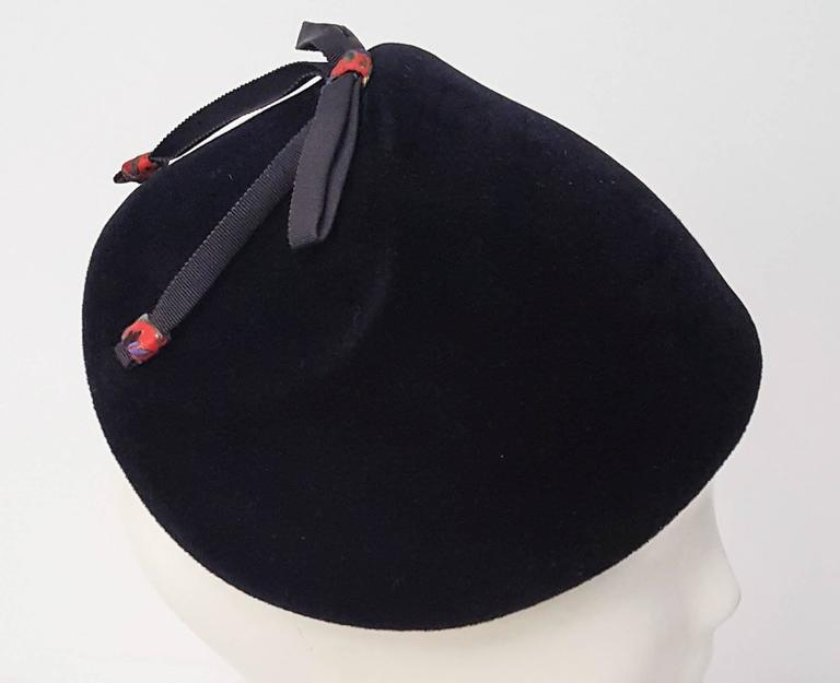 Women's 50s Navy Felt Cap With Bow  For Sale