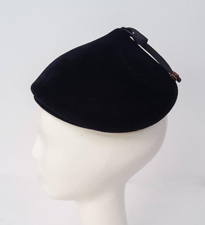 50s Navy Felt Cap With Bow  In Good Condition For Sale In San Francisco, CA