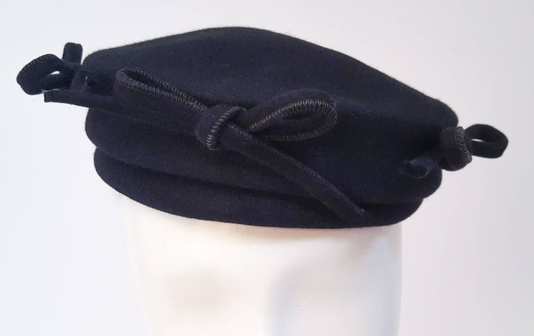 Women's 1940s Navy Fashion Hat w/ Bows For Sale