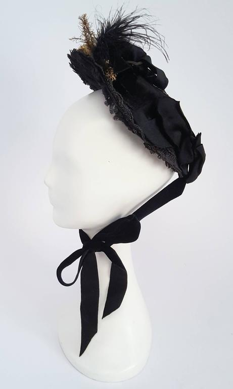 Black Victorian Bonnet w/ Foliage In Excellent Condition For Sale In San Francisco, CA