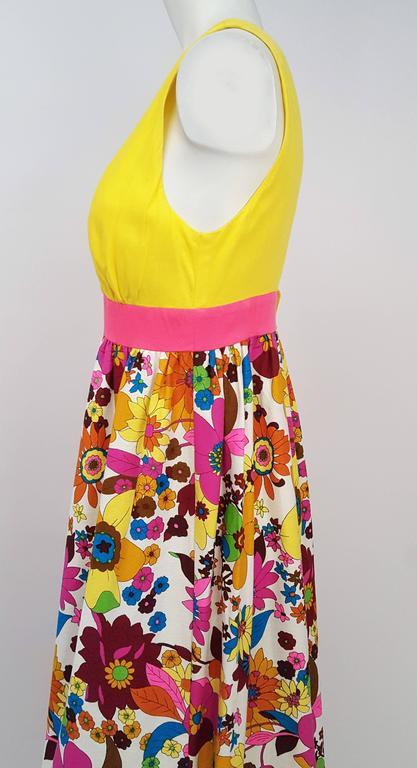 1960s Flower Print Maxi Dress. Deep V neck and low back. Back zipper closure. Unlined.