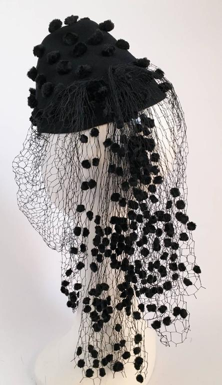 30s Black Pom Pom Hat w/ Veil In Excellent Condition In San Francisco, CA