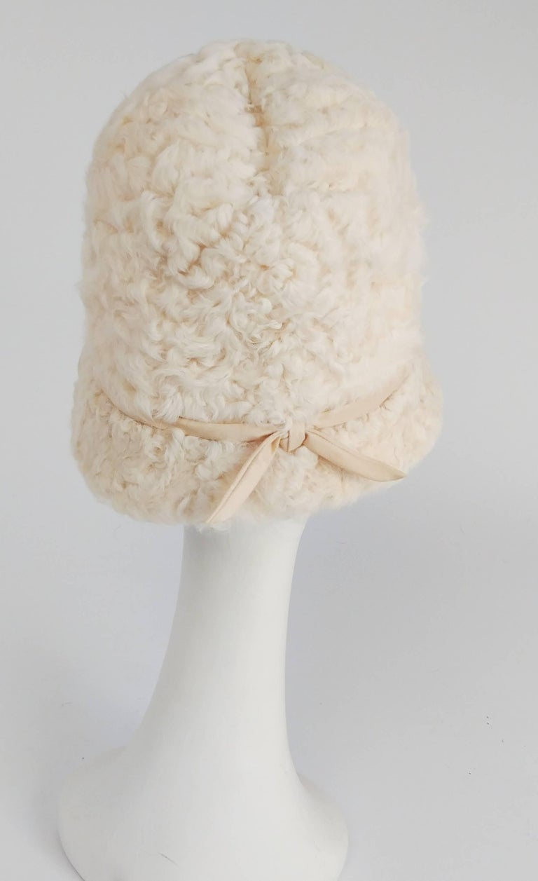 1960s White Persian Lamb Mod Cloche Hat In Excellent Condition For Sale In San Francisco, CA