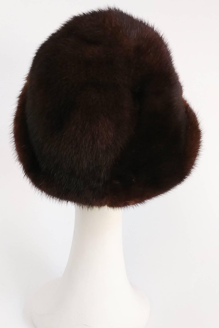 Black 1960s Chocolate Brown Mink Hat For Sale