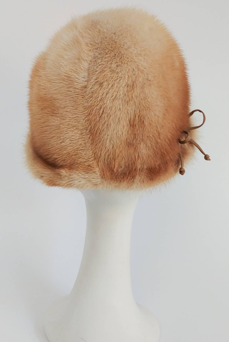 1960s Blonde Mink Cloche Hat In Excellent Condition For Sale In San Francisco, CA