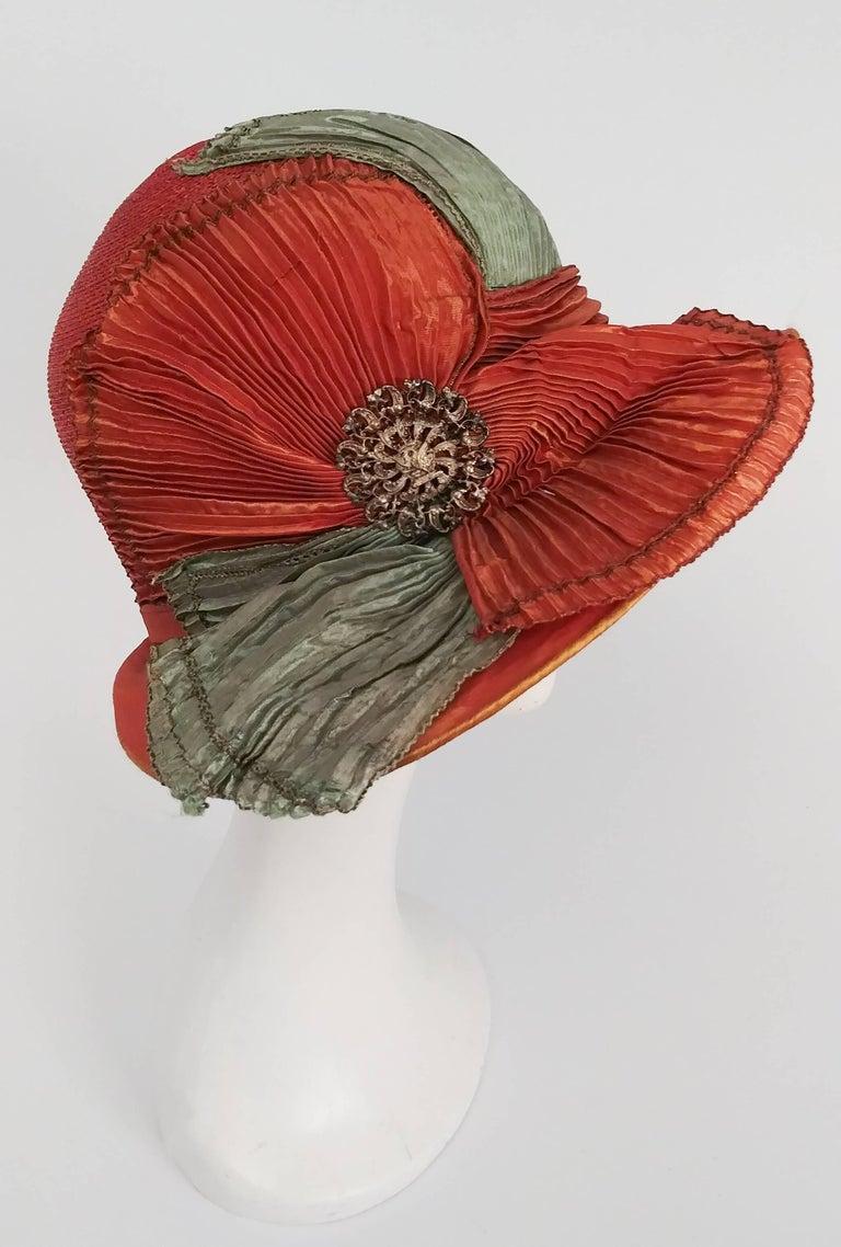Brown 1920s Burnt Orange & Seafoam Green Wide Brim Cloche Hat
