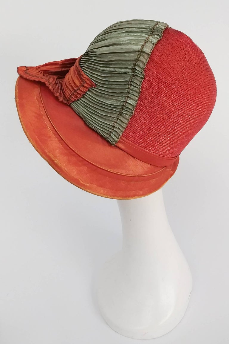 1920s Burnt Orange & Seafoam Green Wide Brim Cloche Hat In Excellent Condition In San Francisco, CA