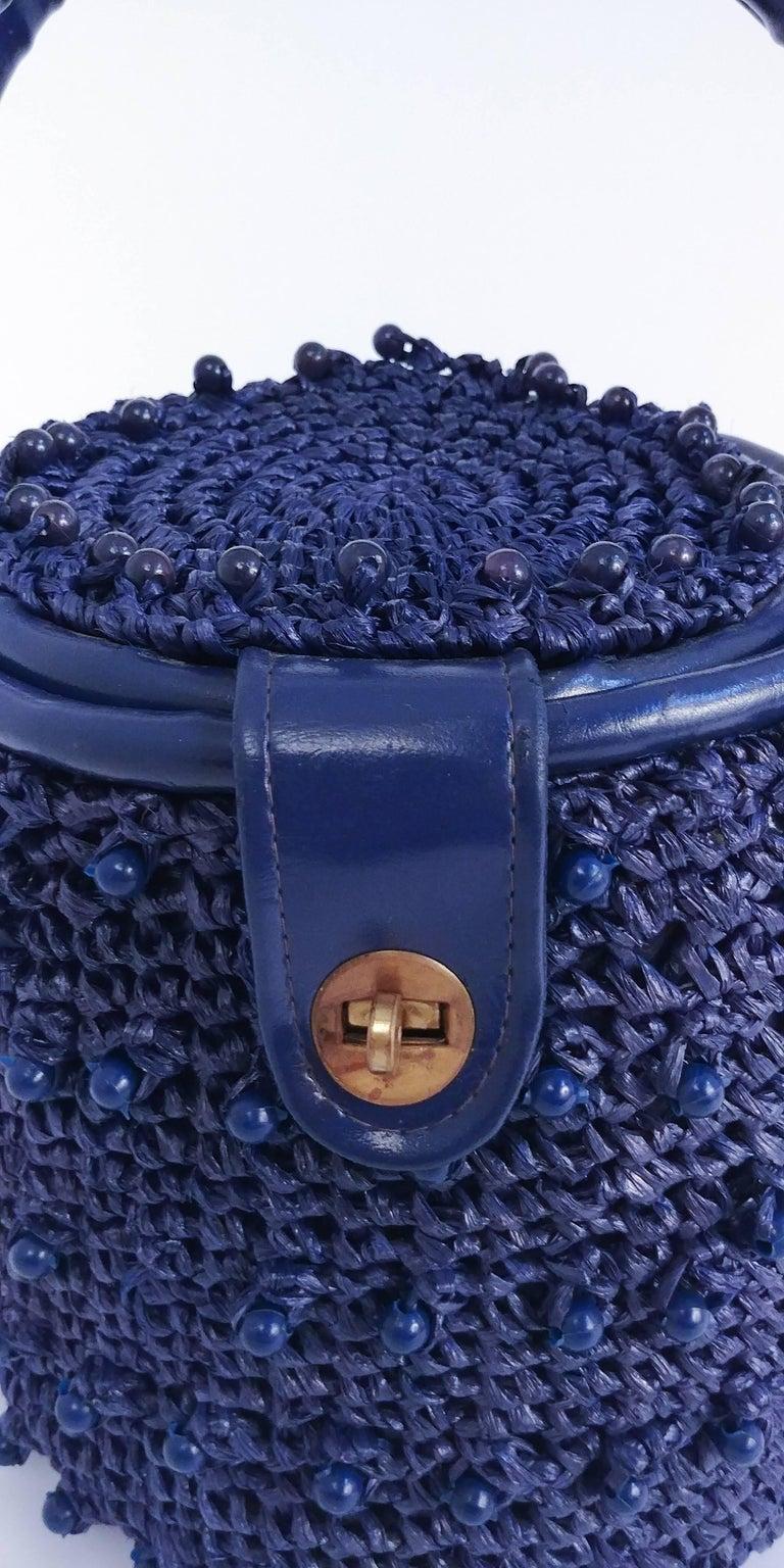 1960s Navy Raffia Woven Basket Purse For Sale 3