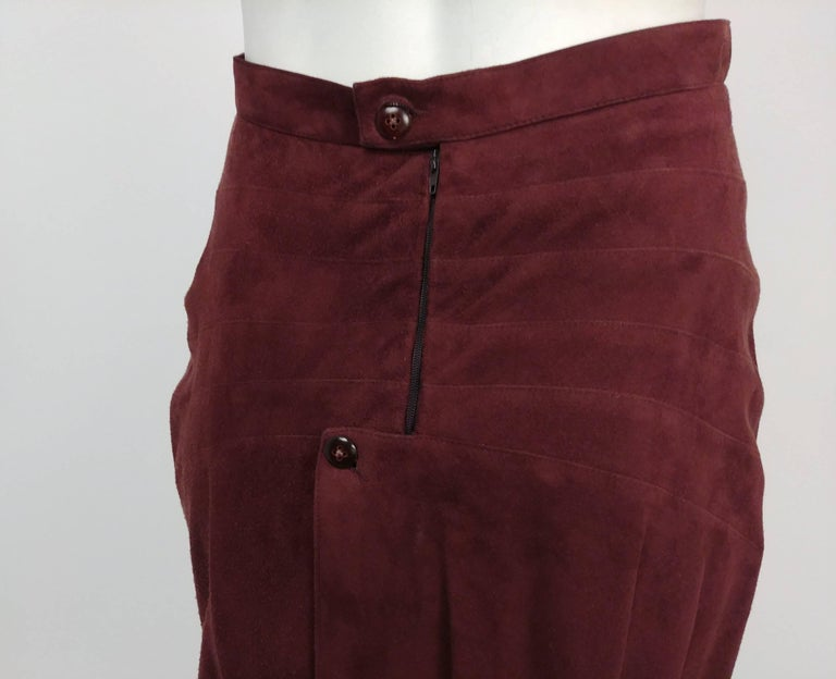 1990s Alaia Brown Vegan Suede Back Pleat Skirt In Excellent Condition For Sale In San Francisco, CA