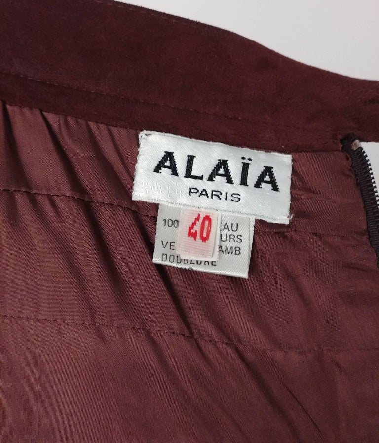 Women's 1990s Alaia Brown Vegan Suede Back Pleat Skirt For Sale
