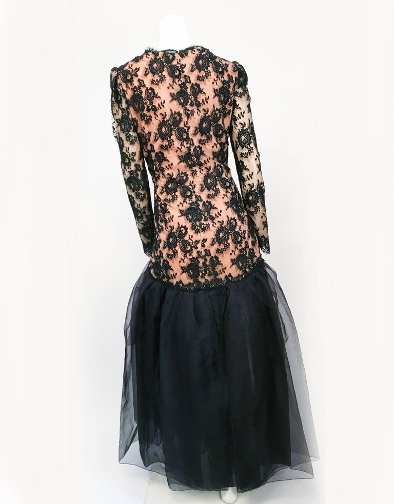 1980s Travilla Black Floral Lace Dress For Sale 2