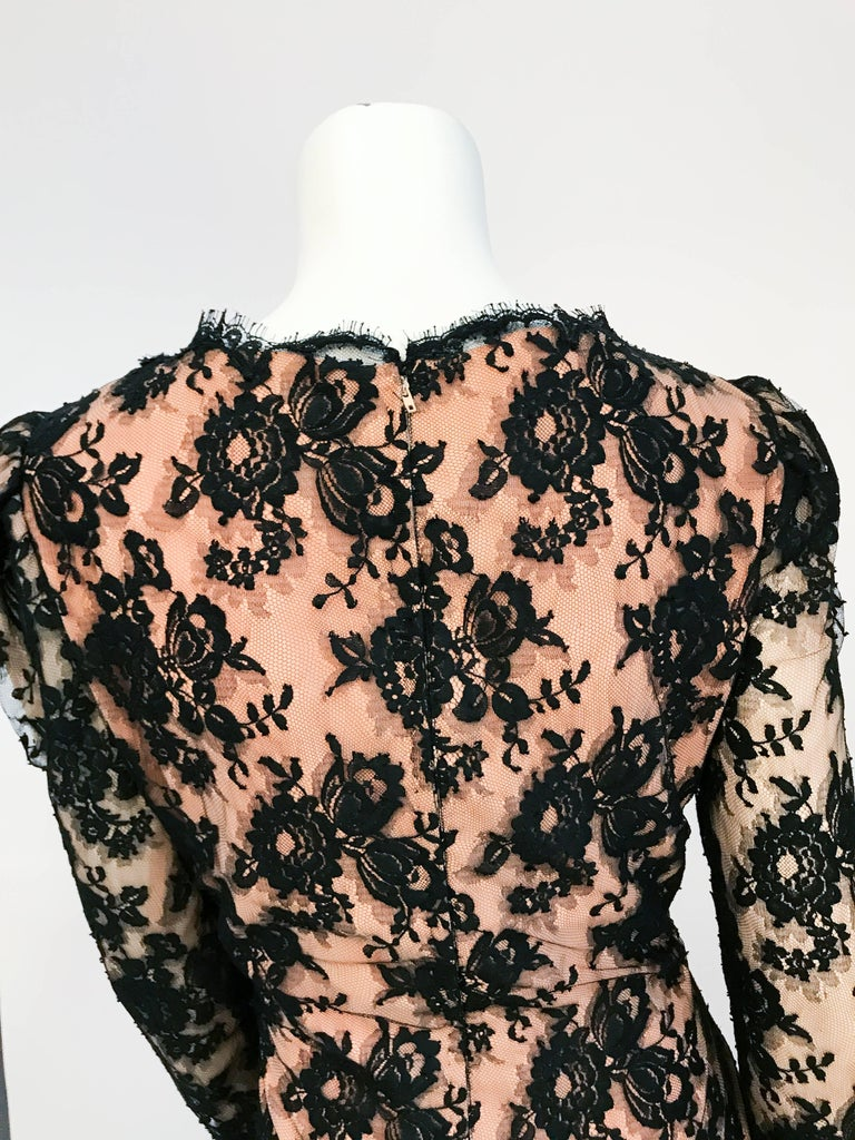 1980s Travilla Black Floral Lace Dress For Sale 3