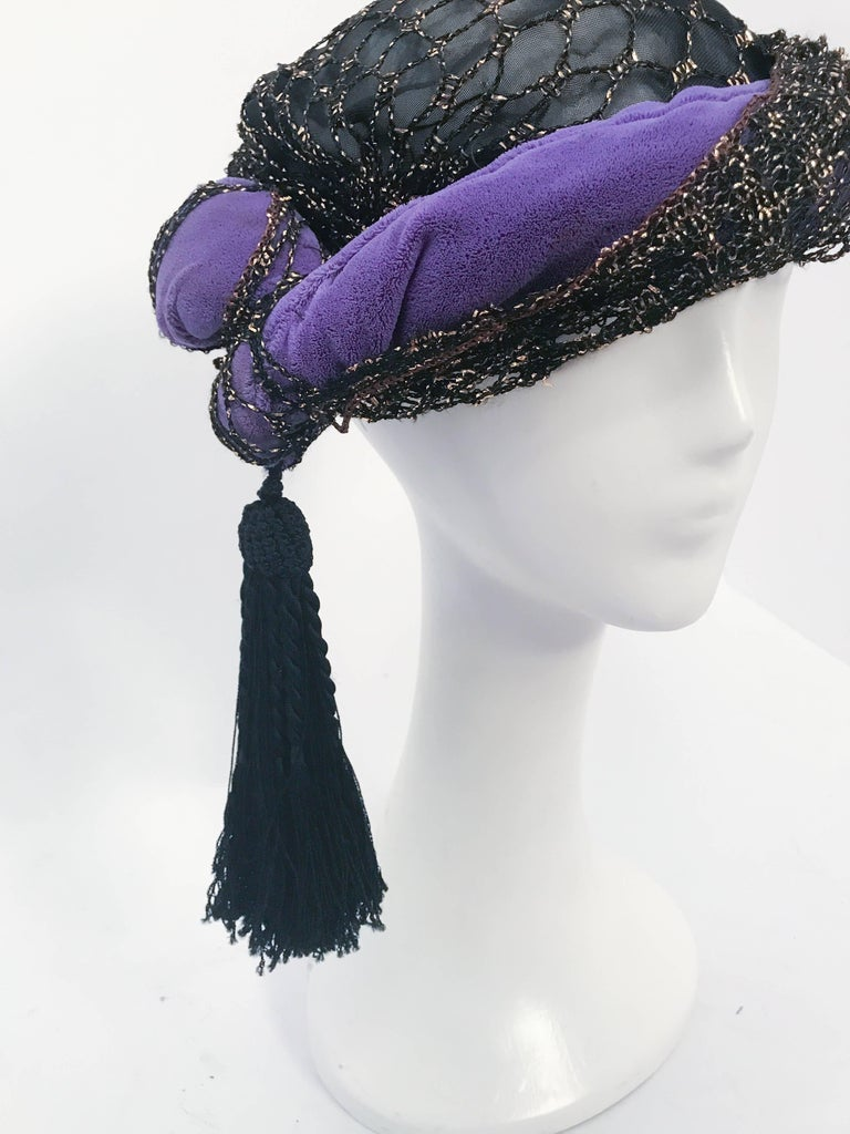 Irina Roublon Purple and Black Velvet Turban, 1940s  In Good Condition For Sale In San Francisco, CA