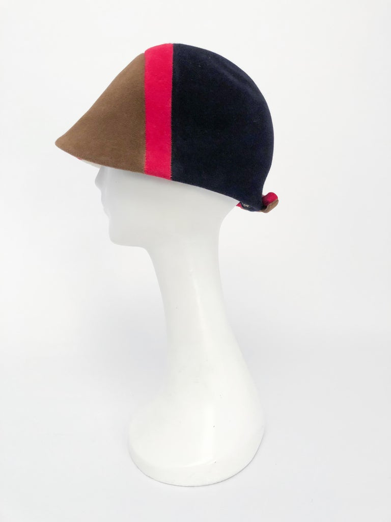 Gray 1960s Caroline Mod Hat With Geometric Pattern For Sale