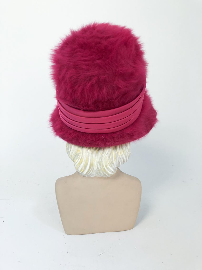 Women's 1960s Hot Pink Angora Cloche with Satin Hat Band For Sale