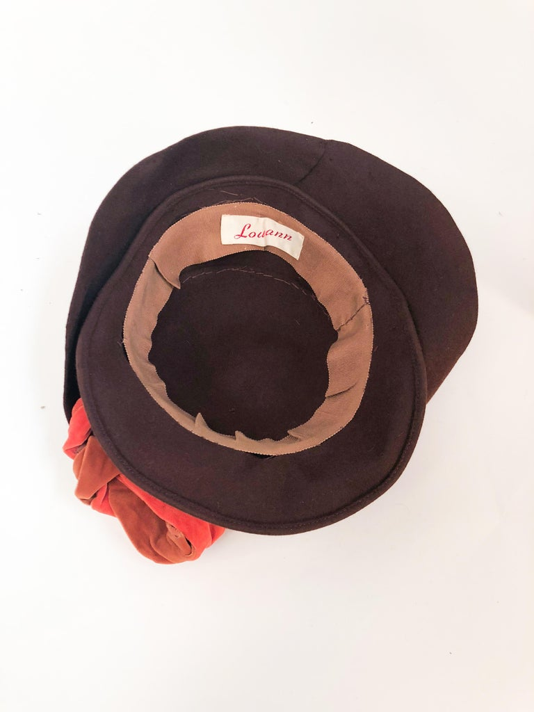 1930s Brown Fur Felt Hat with Multi-toned Cotton Velevet Twisted Accent For Sale 1