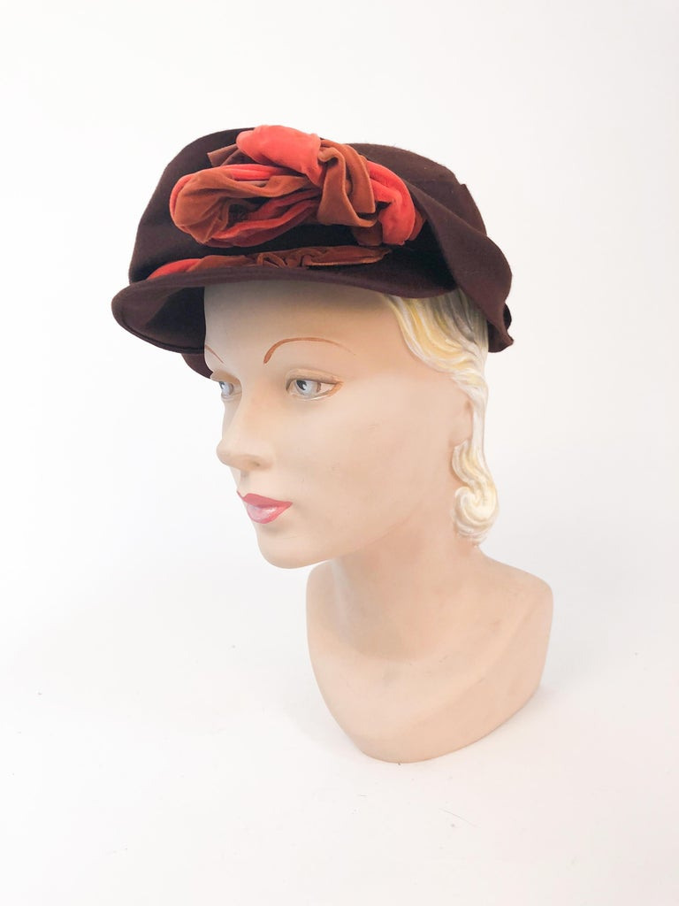 Gray 1930s Brown Fur Felt Hat with Multi-toned Cotton Velevet Twisted Accent For Sale