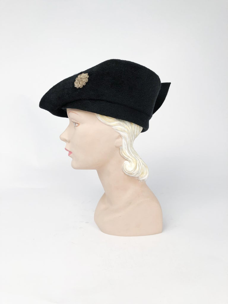 Gray 1930s Black Cashmere Felt Pirate Hat with Sterling Silver Accent For Sale
