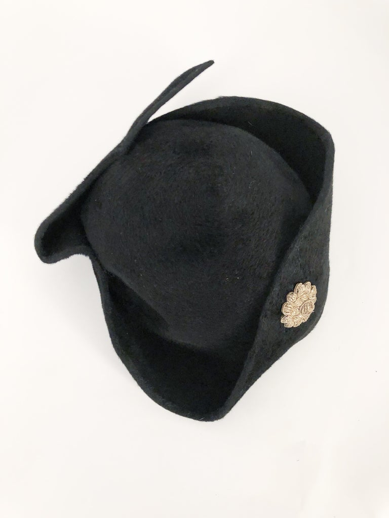 1930s Black Cashmere Felt Pirate Hat with Sterling Silver Accent For Sale 2