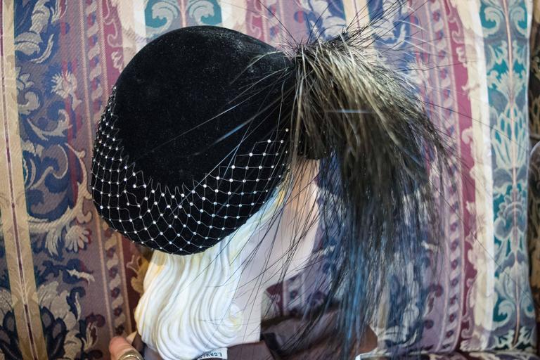 Women's 1950s Black Velvet Cocktail Hat For Sale