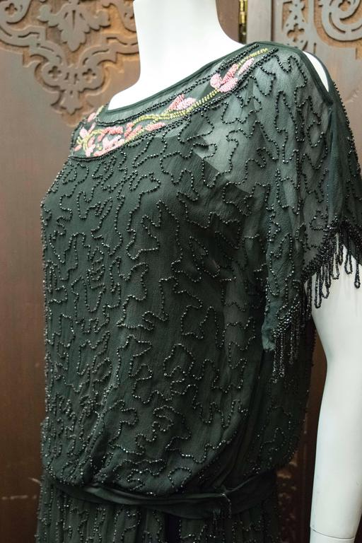 1920s Black Beaded Flapper Dress 4