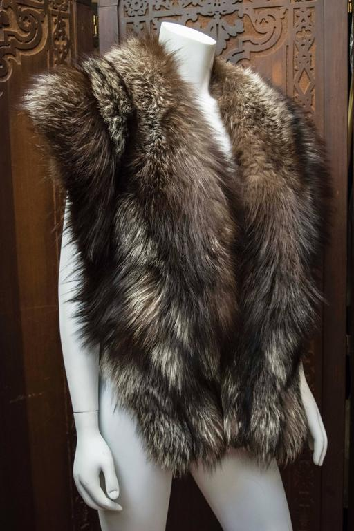 Silver Fox Fur Wrap In Excellent Condition For Sale In San Francisco, CA