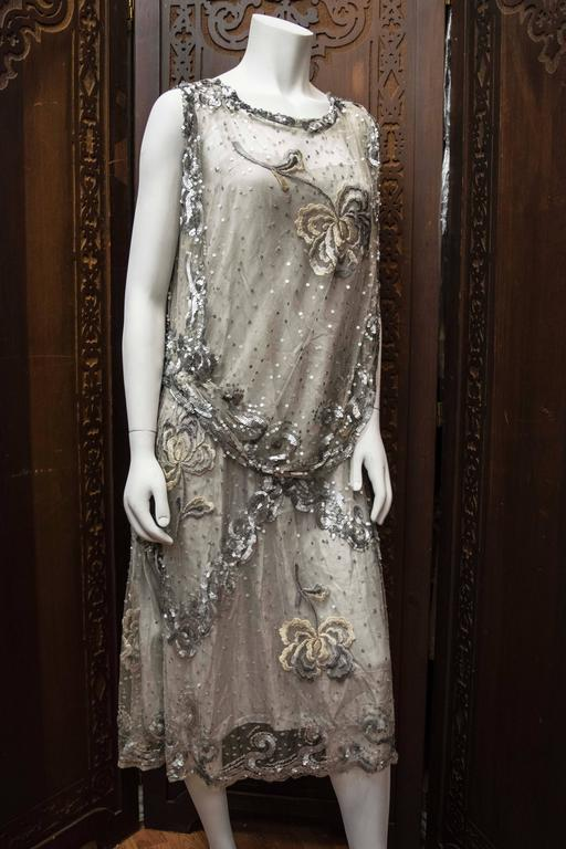 Women's 1920s Silver Lace Sequinned Dress For Sale