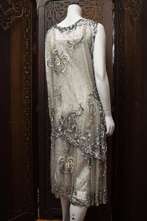 1920s Silver Lace Sequinned Dress For Sale 1