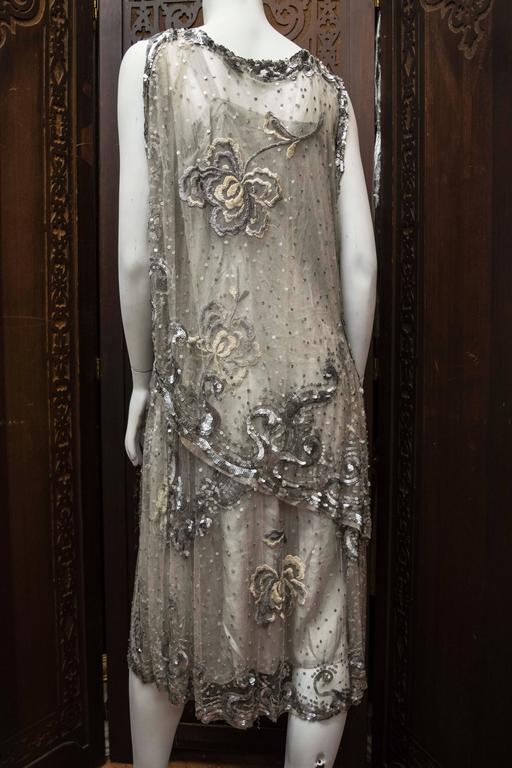 1920s Silver Lace Sequinned Dress For Sale 2
