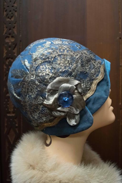 Women's 1920s Blue Cloche Hat For Sale